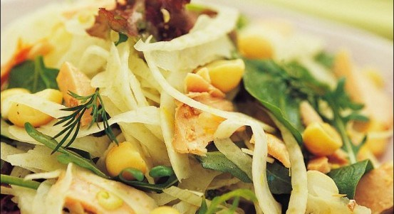 Fennel, smoked salmon and macadamia salad